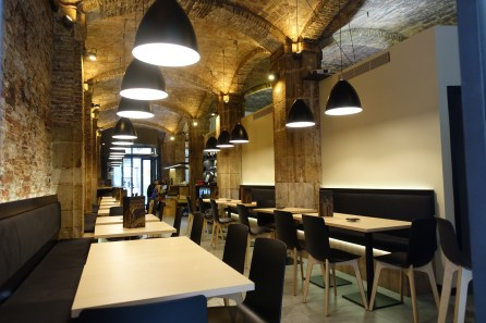 El Born restaurant interior