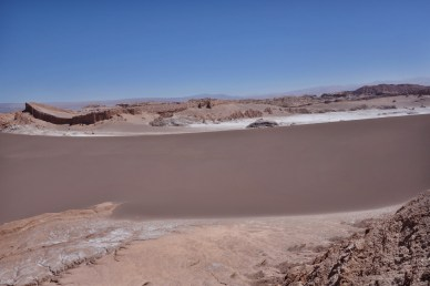 Atacama Val de Luna tall dune