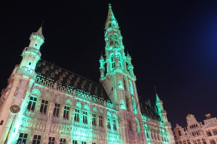 Brussels Grand Place tower lights