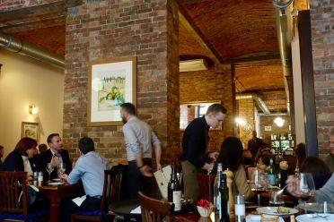 La Finestre dining room