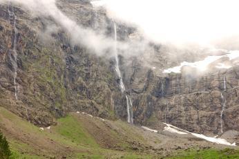Cirque de Gavarnie waterfall misty