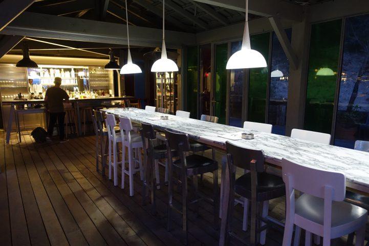 La Coorniche bar top