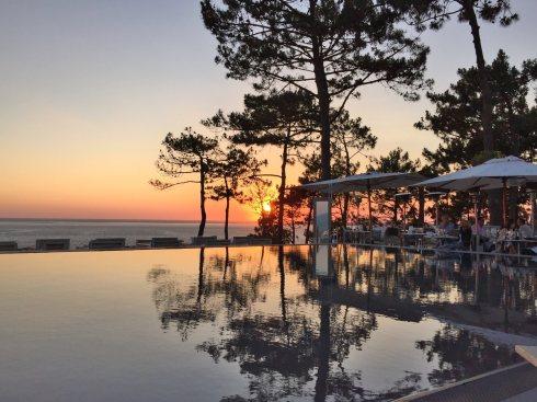 La Coorniche restaurant sunset view