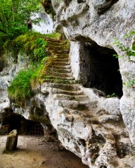 La Roque Saint-Christophe steps
