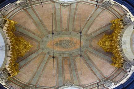 Clérigos Church ornamental ceiling
