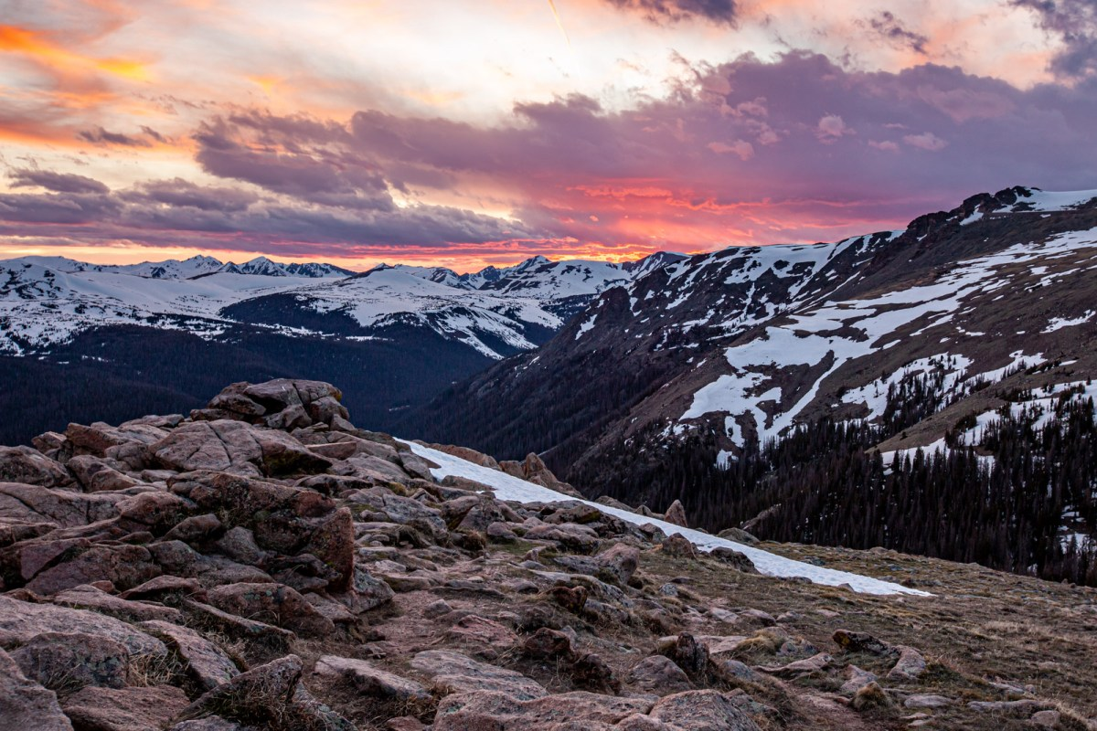 Forest Canyon Overlook at Sunset, Rocky Mountain National Park, Colorado #vezzaniphotography