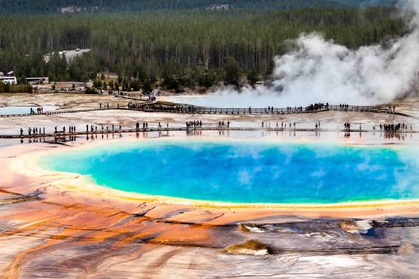 Yellowstone National Park Screensaver and Desktop Images Grandprismatic Spring Overlook