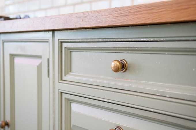 How To Clean Old Grease Stains Off Kitchen Cabinets Home Guides Sf Gate