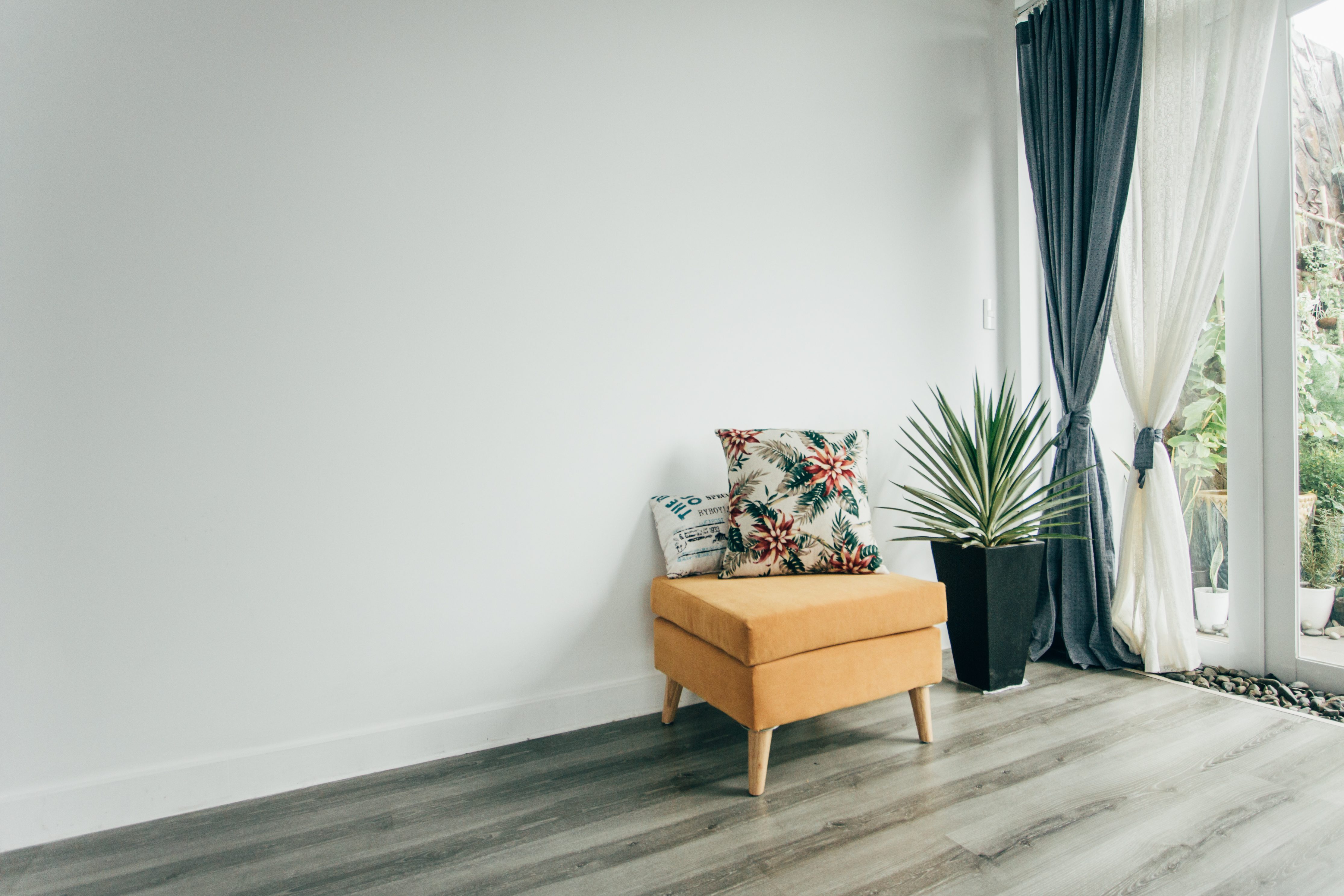 Hanging Curtains From The Ceiling Vs A Window Home Guides