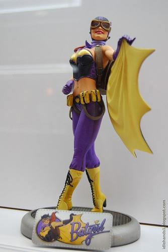 Bombshell Batgirl