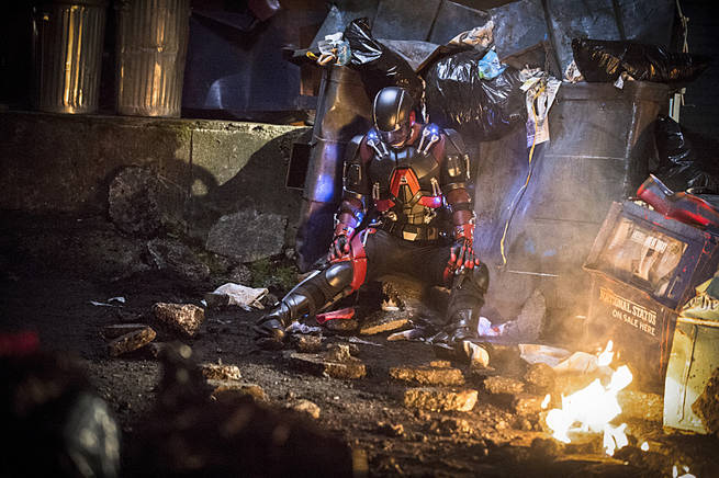 """Arrow -- """"Broken Arrow"""" -- Image AR319A_0386b -- Pictured: Brandon Routh as Ray Palmer / The Atom -- Photo: Cate Cameron/The CW -- © 2015 The CW Network, LLC. All Rights Reserved."""