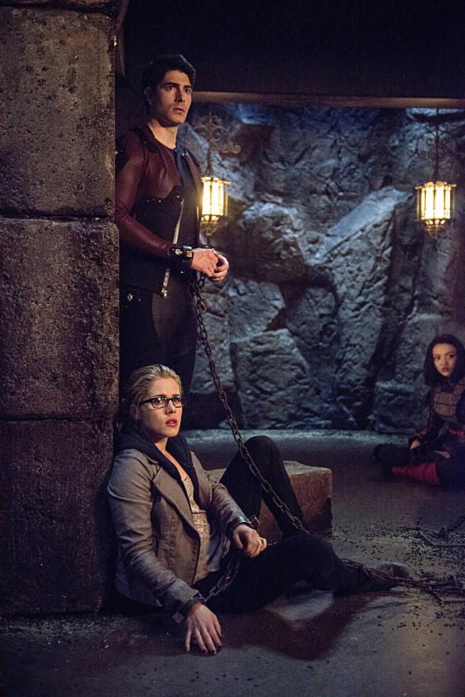 """Arrow -- """"This is Your Sword"""" -- Image AR322B_0339b -- Pictured (L-R): Emily Bett Rickards as Felicity Smoak, Brandon Routh as Ray Palmer, Rila Fukushima as Tatsu Yamashiro -- Photo: Cate Cameron/The CW -- © 2015 The CW Network, LLC. All Rights Reserved."""