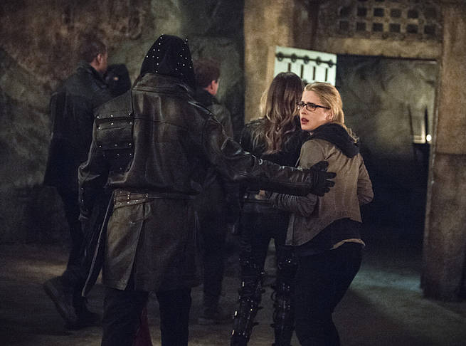 """Arrow -- """"This is Your Sword"""" -- Image AR322B_0244b -- Pictured: Emily Bett Rickards as Felicity Smoak -- Photo: Cate Cameron/The CW -- © 2015 The CW Network, LLC. All Rights Reserved."""