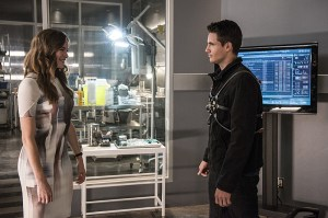 """The Flash -- """"The Man Who Saved Central City"""" -- Image FLA201b_0080b -- Pictured (L-R): Danielle Panabaker as Caitlin Snow and Robbie Amell as Ronnie -- Photo: Cate Cameron /The CW -- © 2015 The CW Network, LLC. All rights reserved"""