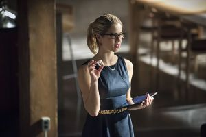 "Arrow -- ""Brotherhood"" -- Image AR407A_0263b.jpg -- Pictured: Emily Bett Rickards as Felicity Smoak -- Photo: Dean Buscher/The CW -- © 2015 The CW Network, LLC. All Rights Reserved."