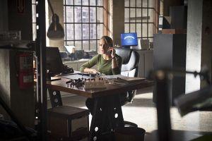 "The Flash -- ""Gorilla Warfare"" -- Image FLA207A_0092b.jpg -- Pictured: Shantel VanSanten as Patty Spivot -- Photo: Diyah Pera/The CW -- © 2015 The CW Network, LLC. All rights reserved."