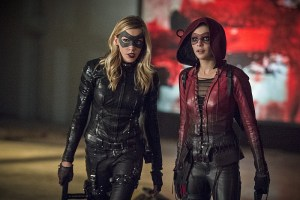 """Arrow -- """"Lost Souls"""" -- Image AR406B_0301b.jpg -- Pictured (L-R): Katie Cassidy as Laurel Lance and Willa Holland as Thea Queen -- Photo: Cate Cameron/ The CW -- © 2015 The CW Network, LLC. All Rights Reserved."""