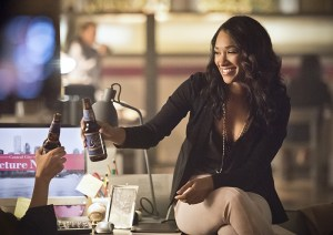 "The Flash -- ""Enter Zoom"" -- Image FLA206B_0144b.jpg -- Pictured: Candice Patton as Iris West -- Photo: Dean Buscher/The CW -- © 2015 The CW Network, LLC. All rights reserved."