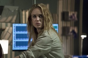 "Arrow -- ""Haunted"" -- Image AR404A_0236b.jpg -- Pictured: Caity Lotz as Sara Lance -- Photo: Katie Yu/ The CW -- © 2015 The CW Network, LLC. All Rights Reserved."