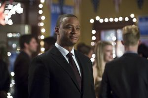 """Arrow -- """"Dark Waters"""" -- Image AR409B_0132b.jpg -- Pictured: David Ramsey as John Diggle -- Photo: Diyah Pera/ The CW -- © 2015 The CW Network, LLC. All Rights Reserved."""
