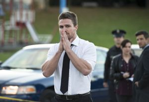 "Arrow -- ""Dark Waters"" -- Image AR409A_0228b.jpg -- Pictured: Stephen Amell as Oliver Queen -- Photo: Diyah Pera/ The CW -- © 2015 The CW Network, LLC. All Rights Reserved."