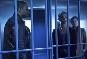 """Arrow -- """"A.W.O.L."""" -- Image AR411b_0094b.jpg -- Pictured (L-R): David Ramsey as John Diggle, Cynthia Addai-Robinson as Amanda Waller and Audrey Marie Anderson as Lyla Michaels -- Photo: Liane Hentscher/ The CW -- © 2016 The CW Network, LLC. All Rights Reserved."""
