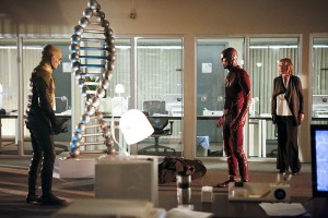 "The Flash -- ""The Reverse Flash Returns"" -- Image FLA211b_0152b -- Pictured (L-R): Matthew Letscher as Eobard Thawne/Reverse Flash, Grant Gustin as The Flash, and Amanda Pays as Christina McGee -- Photo: Bettina Strauss/The CW -- © 2016 The CW Network, LLC. All rights reserved."