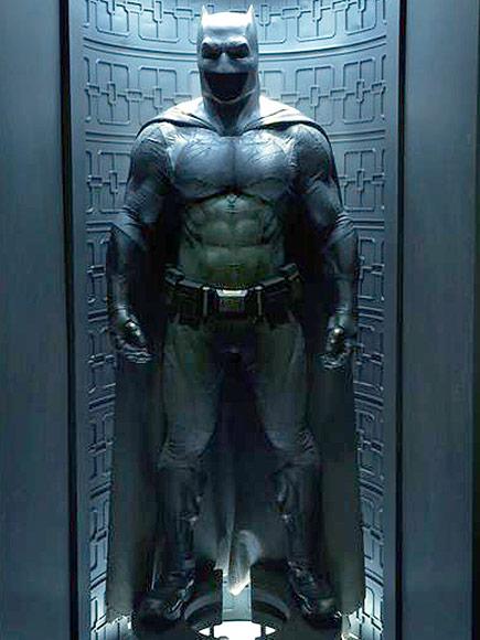 Batman v Superman: Dawn of Justice suit