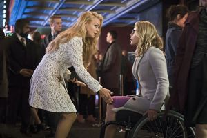 "Arrow -- ""Code of Silence"" -- Image AR414b_0174b.jpg -- Pictured (L-R):  Charlotte Ross as Donna Smoak and Emily Bett Rickards as Felicity Smoak -- Photo: Katie Yu/ The CW -- © 2016 The CW Network, LLC. All Rights Reserved."