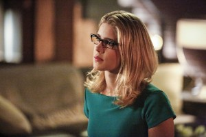"""Arrow -- """"Sins of the Father"""" -- Image ARR413a_0108b.jpg -- Pictured: Emily Bett Rickards as Felicity Smoak -- Photo: Bettina Strauss/ The CW -- © 2016 The CW Network, LLC. All Rights Reserved."""