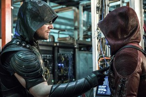 """Arrow -- """"Unchained"""" -- Image AR412A_0185b.jpg -- Pictured (L-R): Stephen Amell as Green Arrow and Colton Haynes as Arsenal -- Photo: Liane Hentscher/ The CW -- © 2016 The CW Network, LLC. All Rights Reserved."""