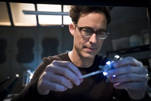 "The Flash -- ""Fast Lane"" -- Image: FLA212B_0174b.jpg -- Pictured: Tom Cavanagh as Harrison Wells -- Photo: Katie Yu/The CW -- © 2016 The CW Network, LLC. All rights reserved."