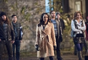 """The Flash -- """"Fast Lane"""" -- Image: FLA212A_0130b.jpg -- Pictured: Candice Patton as Iris West -- Photo: Dean Buscher/The CW -- © 2016 The CW Network, LLC. All rights reserved."""