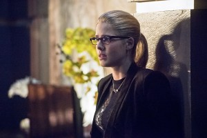"Arrow -- ""Beacon of Hope"" -- Image AR417b_0022b.jpg -- Pictured: Emily Bett Rickards as Felicity Smoak -- Photo: Dean Buscher/The CW -- © 2016 The CW Network, LLC. All Rights Reserved."
