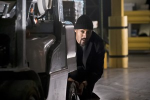 "The Flash -- ""Back to Normal"" -- Image: FLA219a_0087b.jpg -- Pictured: Jesse L. Martin as Detective Joe West -- Photo: Katie Yu/The CW -- © 2016 The CW Network, LLC. All rights reserved."
