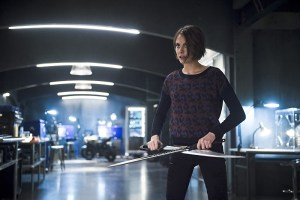 "Arrow -- ""Eleven-Fifty-Nine"" -- Image AR418b_0258b.jpg -- Pictured: Willa Holland as Thea Queen -- Photo: Diyah Pera/The CW -- © 2016 The CW Network, LLC. All Rights Reserved."
