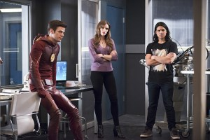 "The Flash -- ""Versus Zoom"" -- Image: FLA218b_0193b.jpg -- Pictured: Grant Gustin as Barry Allen, Danielle Panabaker as Caitlin Snow and Carlos Valdes as Cisco Ramon -- Photo: Diyah Pera/The CW -- © 2016 The CW Network, LLC. All rights reserved."
