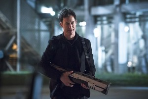 "The Flash -- ""The Race of His Life"" -- Image: FLA223b_0056b.jpg -- Pictured: Tom Cavanagh as Harrison Wells -- Photo: Katie Yu/The CW -- © 2016 The CW Network, LLC. All rights reserved."