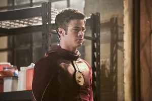 """The Flash -- """"Invincible"""" -- Image: FLA222b_0057b.jpg -- Pictured: Grant Gustin as The Flash -- Photo: Dean Buscher/The CW -- © 2016 The CW Network, LLC. All rights reserved."""