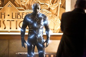 """The Flash -- """"Rupture"""" -- Image: FLA220a_0082b2.jpg -- Pictured: Zoom -- Photo: Bettina Strauss/The CW -- © 2016 The CW Network, LLC. All rights reserved"""