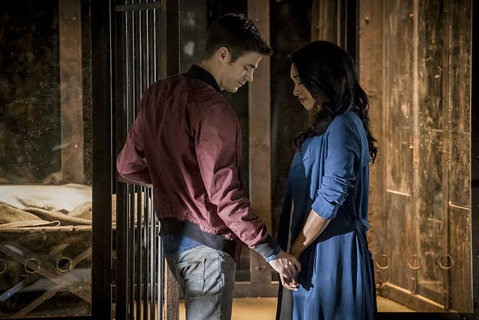 """The Flash -- """"Flashpoint"""" -- Image: FLA301b_0132b.jpg -- Pictured (L-R):  Grant Gustin as Barry Allen and Candice Patton as Iris West -- Photo: Katie Yu/The CW -- © 2016 The CW Network, LLC. All rights reserved."""