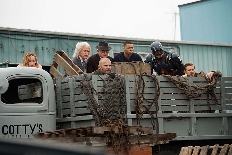 "DC's Legends of Tomorrow --""Out Of Time""-- Image LGN201A_0013R.jpg Pictured (L-R): Caity Lotz as Sara Lance/White Canary, John Rubinstein as Albert Einstein, Dominic Purcell as Mick Rory/Heat Wave, Victor Garber as Professor Martin Stein, Franz Drameh as Jefferson ""Jax"" Jackson, Brandon Routh as Ray Palmer/Atom and Arthur Darvill as Rip Hunter -- Photo: Diyah Pera/The CW -- Ì?å© 2016 The CW Network, LLC. All Rights Reserved."