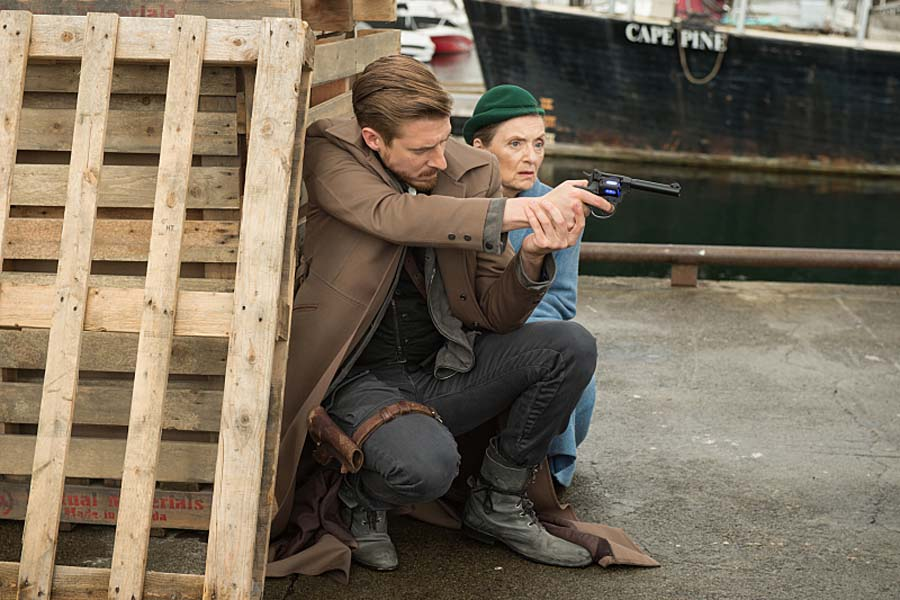 """DC's Legends of Tomorrow --""""Out Of Time""""-- Image LGN201A_0313.jpg Pictured (L-R): Arthur Darvill as Rip Hunter and Christina Jastrzembska as Mileva Maric -- Photo: Diyah Pera/The CW -- Ì?å© 2016 The CW Network, LLC. All Rights Reserved."""