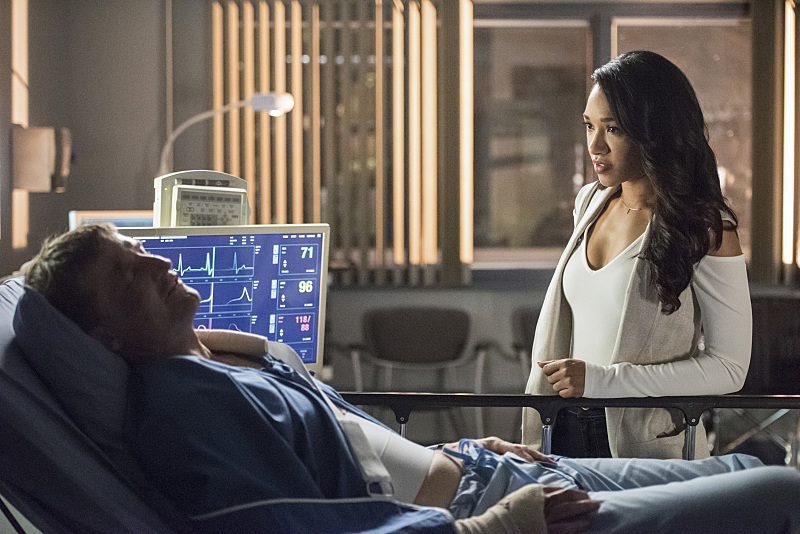 "The Flash -- ""Magenta"" -- Image: FLA303a_0117b.jpg -- Pictured (L-R): Peter Flemming as John Kane and Candice Patton as Iris West -- Photo: Dean Buscher/The CW -- © 2016 The CW Network, LLC. All rights reserved."