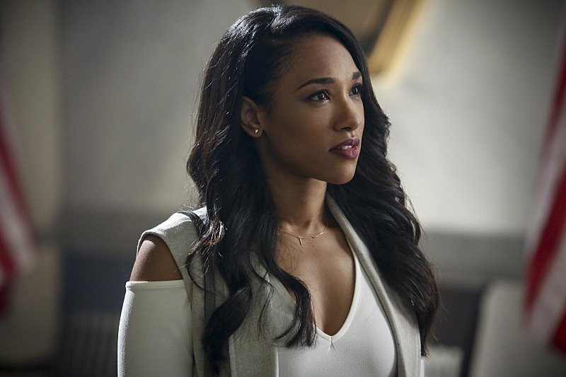 """The Flash -- """"Magenta"""" -- Image: FLA303b_0040b.jpg -- Pictured: Candice Patton as Iris West -- Photo: Bettina Strauss/The CW -- © 2016 The CW Network, LLC. All rights reserved."""