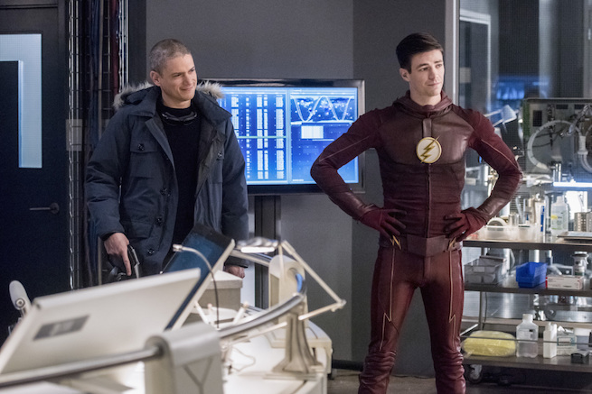 """The Flash -- """"Infantino Street"""" -- FLA322a_0065b.jpg -- Pictured (L-R): Wentworth Miller as Leonard Snart/Captain Cold and Grant Gustin as Barry Allen -- Photo: Dean Buscher/The CW -- © 2017 The CW Network, LLC. All rights reserved."""