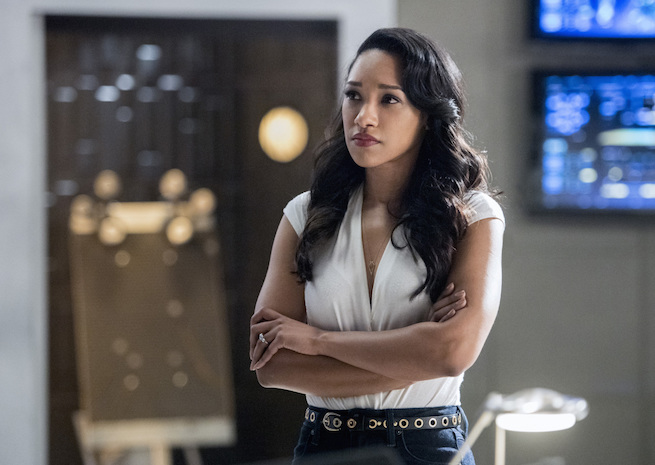 """The Flash -- """"Infantino Street"""" -- FLA322a_0114b.jpg -- Pictured: Candice Patton as Iris West -- Photo: Dean Buscher/The CW -- © 2017 The CW Network, LLC. All rights reserved."""