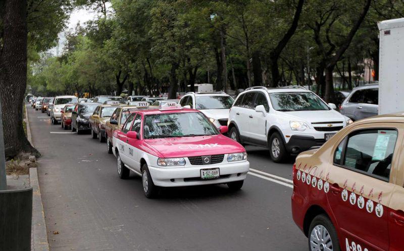 Detectan nueva forma de robo de taxis y Uber, en CDMX