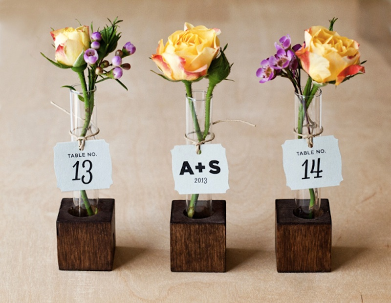 15 Wedding Favors Guests Will Want To Have And To Hold