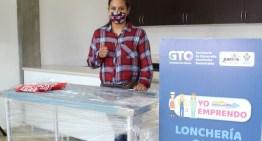 SDES entrega equipamiento  para autoempleo en Juventino Rosas